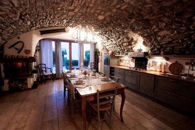 Property-on-sale-Lake-Como