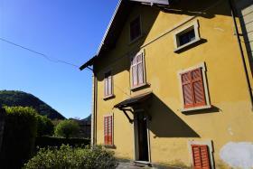 Image No.7-Villa / Détaché de 7 chambres à vendre à Casasco Intelvi