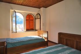 Image No.9-Villa / Détaché de 7 chambres à vendre à Casasco Intelvi