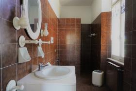 Image No.2-Villa / Détaché de 7 chambres à vendre à Casasco Intelvi