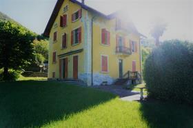Image No.16-Villa / Détaché de 7 chambres à vendre à Casasco Intelvi