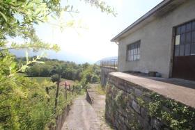 Image No.5-Maison de campagne de 2 chambres à vendre à Tremezzina