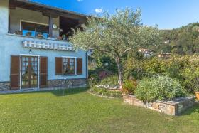 Image No.4-Villa / Détaché de 5 chambres à vendre à Menaggio