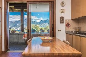 Image No.6-Villa / Détaché de 5 chambres à vendre à Menaggio