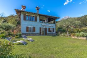 Image No.7-Villa / Détaché de 5 chambres à vendre à Menaggio