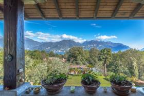 Image No.9-Villa / Détaché de 5 chambres à vendre à Menaggio