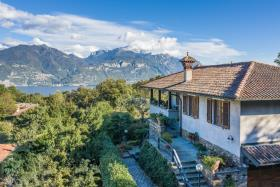 Image No.11-Villa / Détaché de 5 chambres à vendre à Menaggio