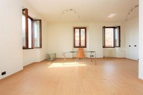 Image No.10-Appartement de 3 chambres à vendre à Gravedona