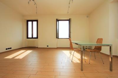 Real-estate-in-Lake-Como-in-Gravedona