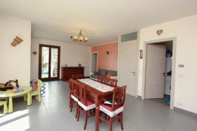 Image No.7-Appartement de 3 chambres à vendre à Carlazzo