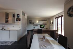 Image No.4-Appartement de 3 chambres à vendre à Carlazzo