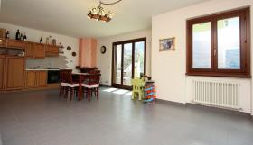 Image No.5-Appartement de 3 chambres à vendre à Carlazzo