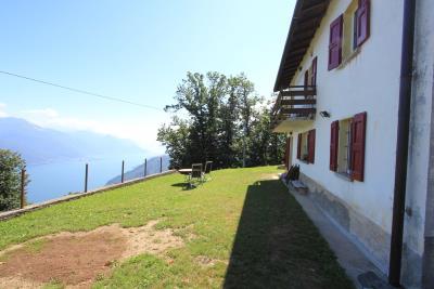casa-con-vista-sul-lago-di-como