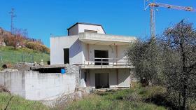 Image No.18-Villa de 3 chambres à vendre à Tremezzina