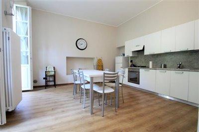 lake-como-real-estate-agency