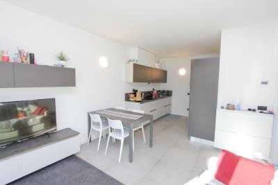 lake-view-apartments