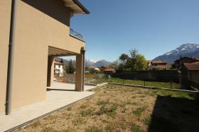 Image No.2-Villa de 3 chambres à vendre à Dongo