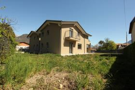 Image No.1-Villa de 3 chambres à vendre à Dongo