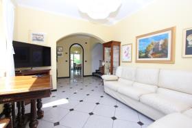 Image No.5-Villa de 4 chambres à vendre à Tremezzina