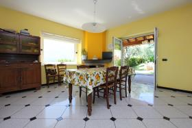 Image No.8-Villa de 4 chambres à vendre à Tremezzina