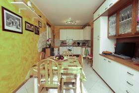 Image No.5-Appartement de 3 chambres à vendre à Cremia