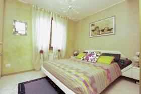 Image No.8-Appartement de 3 chambres à vendre à Cremia