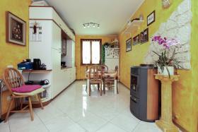 Image No.6-Appartement de 3 chambres à vendre à Cremia