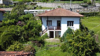 1-Casa-indipendente-con-giardino-a-Gravedona--1-
