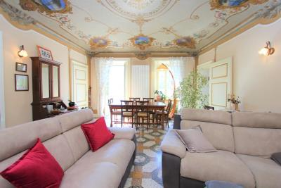 Luxury-apartment-in-villa--Tremezzina