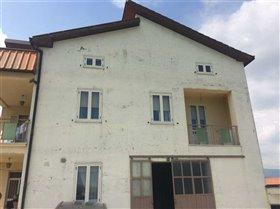 Image No.0-Maison de campagne de 6 chambres à vendre à Atessa