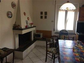 Image No.10-Maison de campagne de 6 chambres à vendre à Atessa