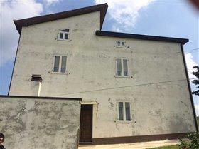 Image No.3-Maison de campagne de 6 chambres à vendre à Atessa