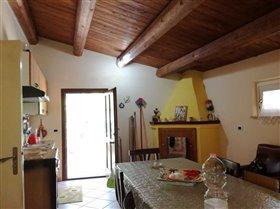 Image No.3-Maison de 2 chambres à vendre à Bisenti