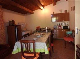 Image No.4-Maison de 2 chambres à vendre à Bisenti
