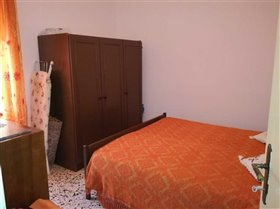 Image No.6-Maison de 2 chambres à vendre à Bisenti