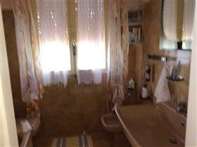 Image No.8-Maison de 2 chambres à vendre à Bisenti