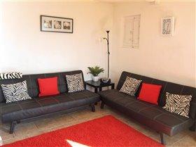 Image No.10-Maison de campagne de 3 chambres à vendre à Teramo
