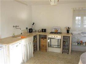 Image No.11-Maison de campagne de 3 chambres à vendre à Teramo