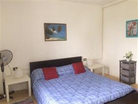 Image No.13-Maison de campagne de 3 chambres à vendre à Teramo