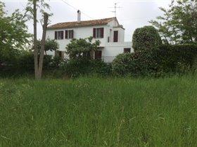 Image No.24-Maison de campagne de 3 chambres à vendre à Teramo