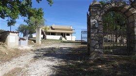 Image No.1-Maison de 7 chambres à vendre à Civitaguana