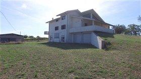 Image No.4-Maison de 7 chambres à vendre à Civitaguana