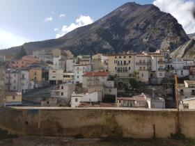 Fara San Martino, Townhouse