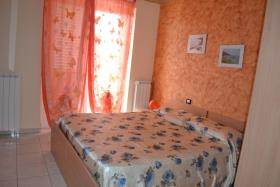 Image No.9-10 Bed House/Villa for sale