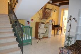 Image No.8-10 Bed House/Villa for sale