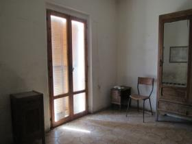 Image No.14-7 Bed Country House for sale