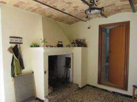 Image No.1-2 Bed Country House for sale