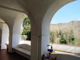 Image No.1-5 Bed House/Villa for sale