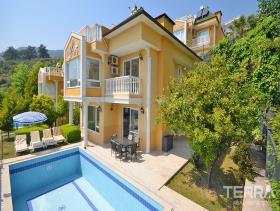 Image No.4-Villa / Détaché de 4 chambres à vendre à Alanya