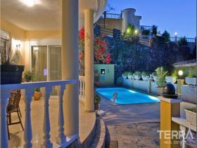 Image No.5-Villa / Détaché de 2 chambres à vendre à Alanya